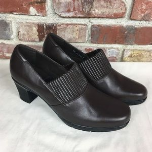 Clark's Bendables Thoughtful Q Heeled Shoe